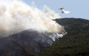 Χαλκιδική: Χωρίς ενεργό μέτωπο η μεγάλη φωτιά – Κλειστά τα σχολεία