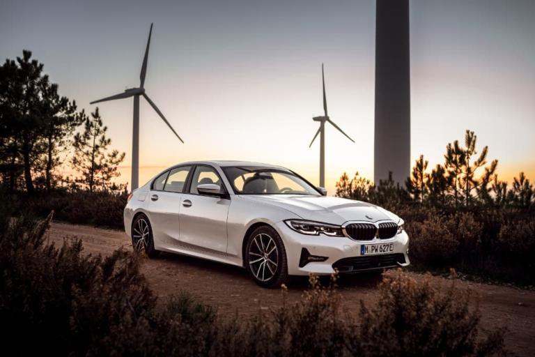"""Αυτή είναι η νέα 3άρα της BMW που """"καίει"""" λιγότερο και από… σκούτερ! [pics]"""