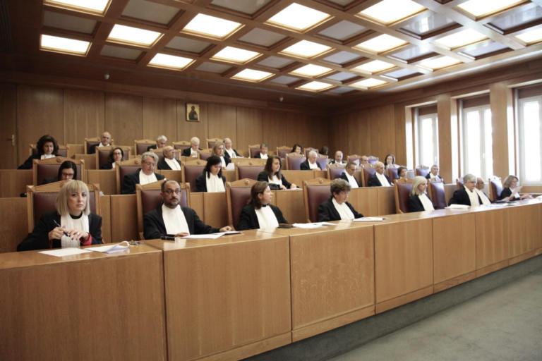 Προσφυγή στρατιωτικού δικαστή στο Συμβούλιο της Επικρατείας για το όριο συνταξιοδότησης | Newsit.gr