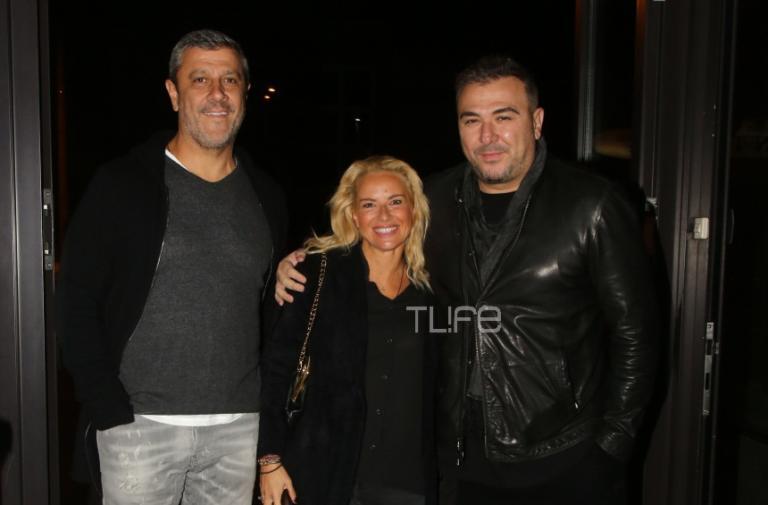 Αντώνης Ρέμος – Μαρία Μπεκατώρου: Οι κουμπάροι πήγαν θέατρο! [pics] | Newsit.gr