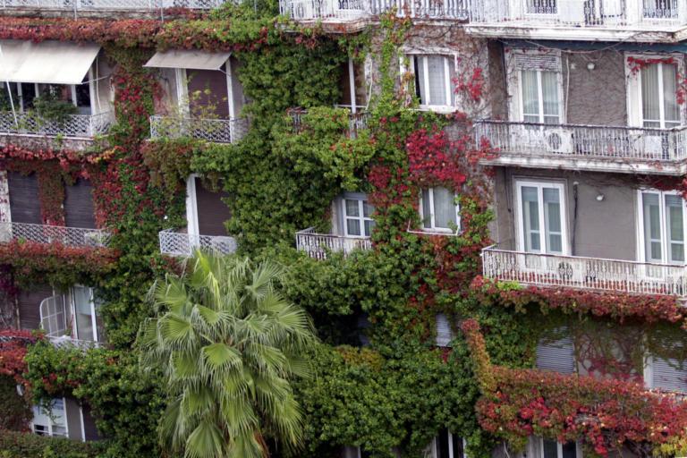 ΕΝΦΙΑ: Μείωση ως και 50% στο χαράτσι – Ποιοι και πόσα χρήματα κερδίζουν | Newsit.gr