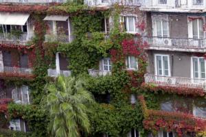 Μείωση του ΕΝΦΙΑ για 5,4 εκατ. ιδιοκτήτες ακινήτων – Καμία ελάφρυνση για όσους έχουν περιουσία πάνω από 200.000 ευρώ