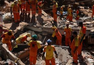 Βράχια καταπλάκωσαν πολίτες – 14 νεκροί στη Βραζιλία