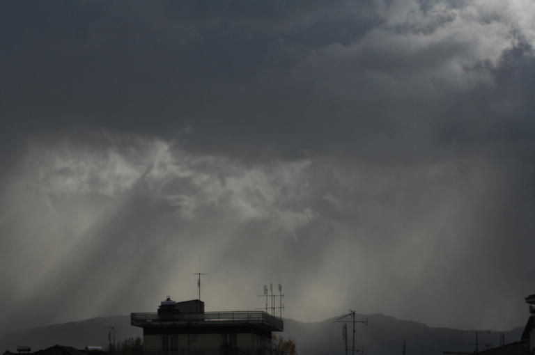Καιρός: Βροχές, καταιγίδες και χιόνια από σήμερα | Newsit.gr