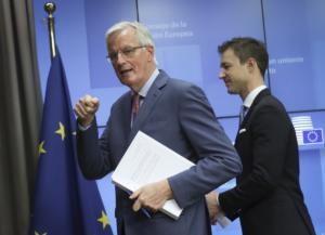 Brexit: Δίκαιο και ισορροπημένο το σχέδιο συμφωνίας λέει ο Μπαρνιέ