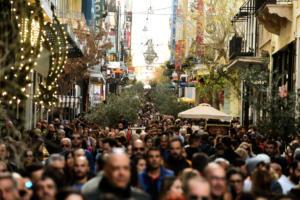Εορταστικό ωράριο καταστημάτων: Τρεις Κυριακές ανοιχτά τον Δεκέμβριο – Αναλυτικά οι ώρες ανά ημέρα
