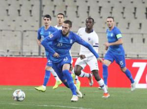 """Ελλάδα – Φινλανδία 1-0 ΤΕΛΙΚΟ: Βελτιωμένη """"Γαλανόλευκη""""! Η πρωτιά στους Σκανδιναβούς"""