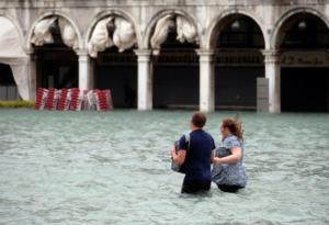 Θερίζει ζωές η φονική κακοκαιρία στην Ιταλία