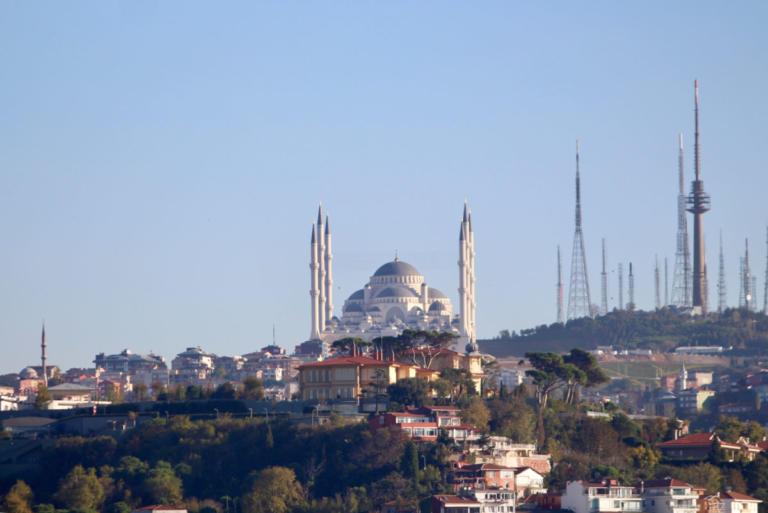 Οργή ΕΕ για τις νέες συλλήψεις στην Τουρκία – Παραβιάζονται ανθρώπινα δικαιώματα