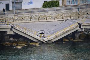 Καβάλα: Στο «μικροσκόπιο« η κατάρρευση της γέφυρας – Εν αναμονή του πορίσματος των μηχανικών