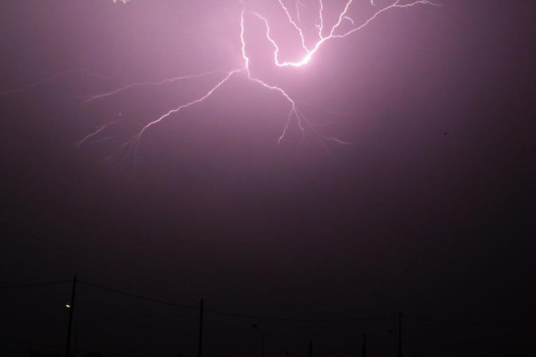 Ρόδος: Ένας κεραυνός προκάλεσε το δεύτερο μπλακ άουτ στο νησί – Οι διαπιστώσεις μετά τους ελέγχους! | Newsit.gr