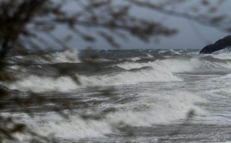 Κέρκυρα: Ο καιρός έφερε απαγορευτικό στα πλοία | Newsit.gr