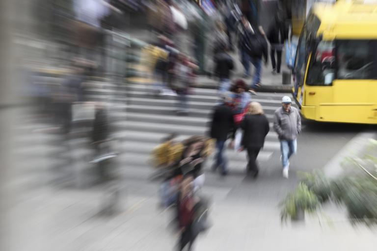 Τουριστικό πρακτορείο στην Ομόνοια εξαπάτησε δεκάδες πελάτες και απέσπασε χιλιάδες ευρώ για δήθεν ταξίδια! | Newsit.gr