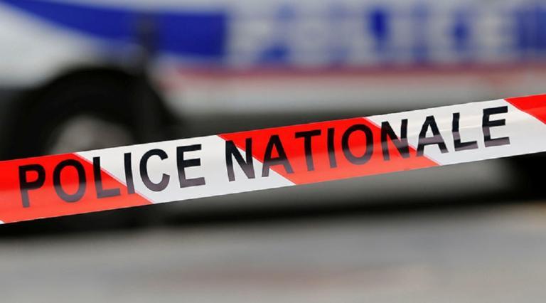 Γυναίκα ταμπουρώθηκε σε τράπεζα στη Γαλλία και απειλεί να ανατιναχθεί! | Newsit.gr