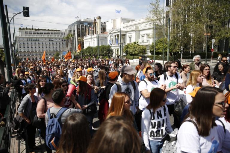 Προσλήψεις μόνιμου προσωπικού – Πότε και που θα γίνουν | Newsit.gr