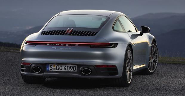 Αυτή είναι η νέα Porsche 911 [vids]