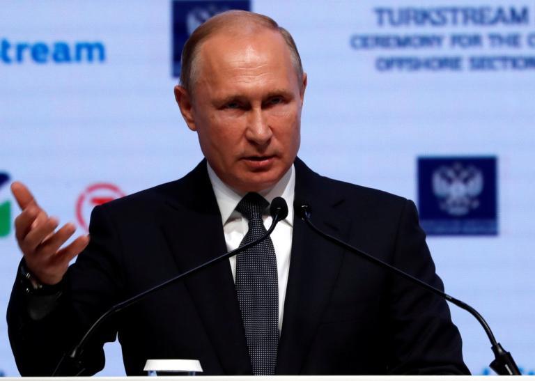 """Ο Πούτιν κατασκευάζει """"έξυπνους"""" πυραύλους και πολεμοφόδια!"""
