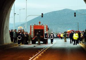 Πελοπόννησος: Σοβαρό τροχαίο στην εθνική οδό Κορίνθου – Τριπόλεως στην έξοδο της σήραγγας Στέρνας!