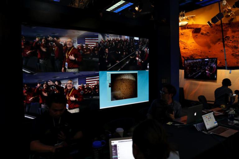 Λεπτό προς λεπτό η προσεδάφιση του Insight στον Άρη! (pics και video) | Newsit.gr