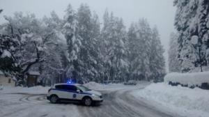 Καιρός: Χιόνια σε Κοζάνη και Τρίκαλα
