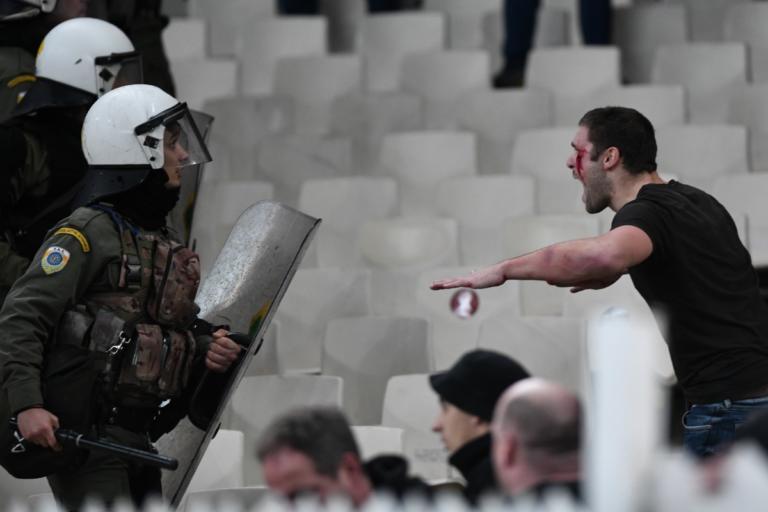 ΑΕΚ- Άγιαξ: Σοκ! Άγρια επεισόδια και μέσα στο ΟΑΚΑ! video, pics | Newsit.gr