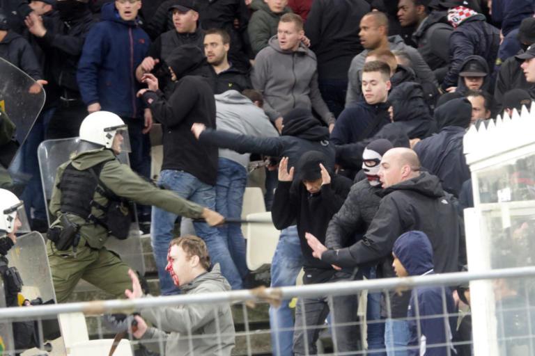 Βρίζει οπαδό της ΑΕΚ ο Χούντελαρ! «Να πιάσουν αυτόν τον ηλίθιο» – video
