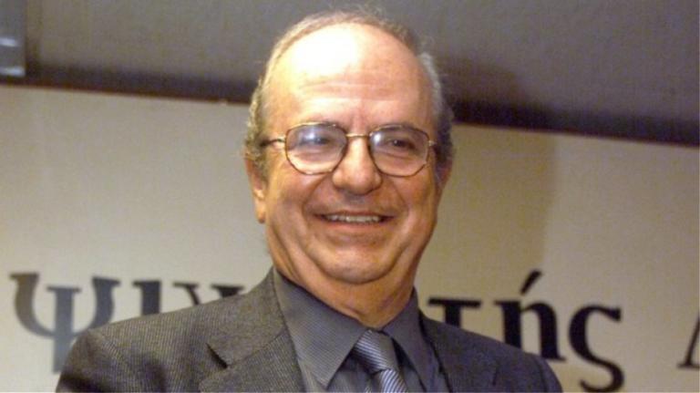 Πέθανε ο δημοσιογράφος Ανδρέας Μπόμης | Newsit.gr