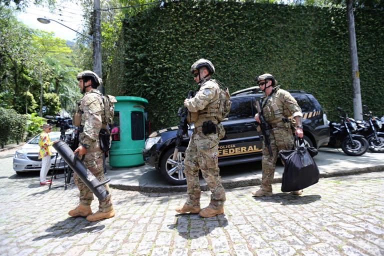 Βραζιλία: Ο Μπολσονάρο βγάζει τους ελεύθερους σκοπευτές κατά της εγκληματικότητας! | Newsit.gr