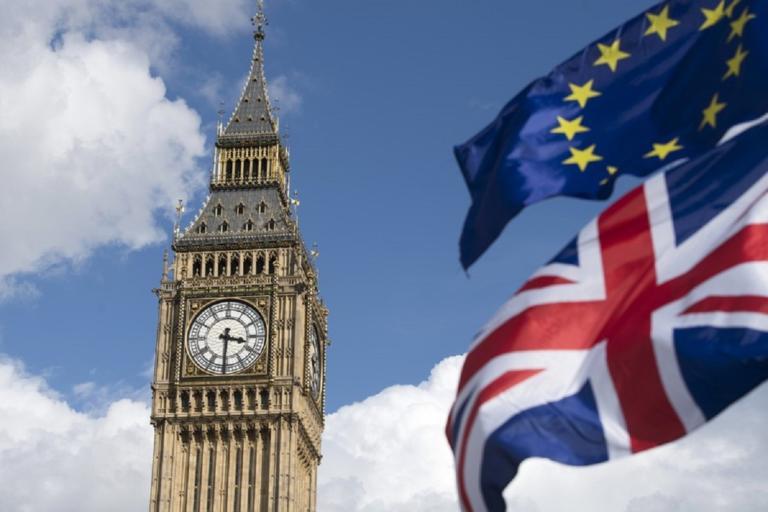 Brexit: Υπερασπίζεται την συμφωνία ο υπουργός Οικονομικών της Βρετανίας | Newsit.gr