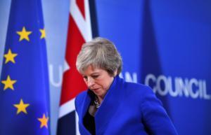Brexit: Θέλει… ξανά διαπραγματεύσεις με την Ε.Ε η Μέι!