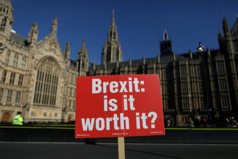 Brexit: Γραπτές εγγυήσεις για το Γιβραλτάρ απαιτεί η Ισπανία!