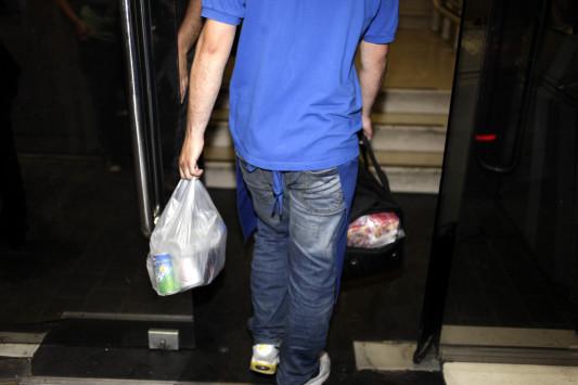 Πάτρα: Έβγαλαν μαχαίρι σε ντελιβερά και βούτηξαν τα φαγητά που μετέφερε – Απίθανη ληστεία σε δρόμο! | Newsit.gr