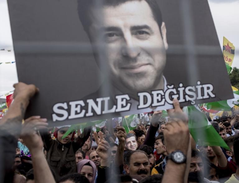 Τουρκία: Στη φυλακή θα παραμείνει ο Κούρδος ηγέτης Ντεμιρτάς