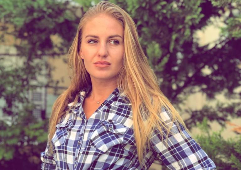 Η Κατερίνα Δαλάκα μας συστήνει τη μικρότερη αδερφή της! | Newsit.gr