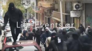 Σοβαρά επεισόδια στη Θεσσαλονίκη! Πετροπόλεμος κουκουλοφόρων! – video