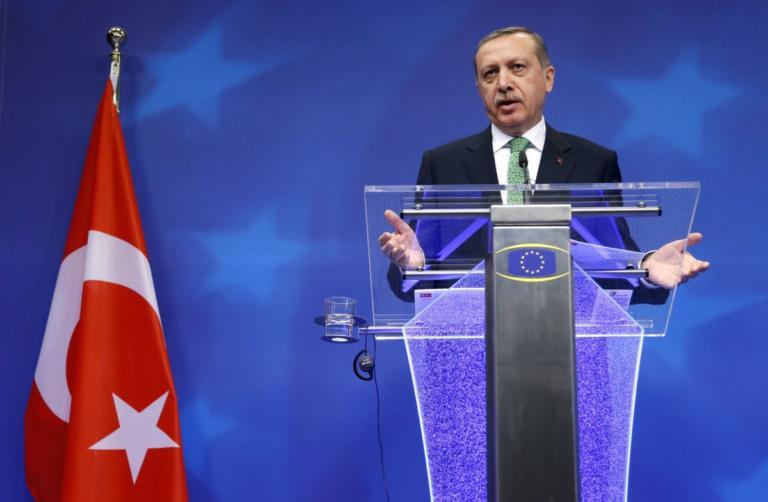 Νίπτει τας χείρας της η Κομισιόν για την προκλητικότητα της Τουρκίας! | Newsit.gr