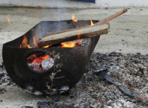 Φωτιά με έναν νεκρό κοντά στο στρατόπεδο Καποτά