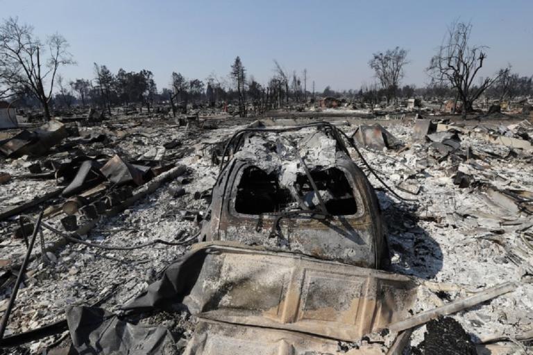 Τέλος στον εφιάλτη! Υπό πλήρη έλεγχο η φωτιά στην Καλιφόρνια! | Newsit.gr