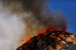 Φωτιά στην Καλιφόρνια: 200 τουλάχιστον αγνοούμενοι! Θυελλώδεις άνεμοι δυναμώνουν τις φλόγες!