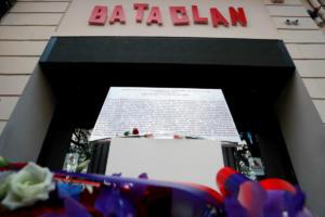 Τρία χρόνια από το μακελειό στο Μπατακλάν – Η Γαλλία τιμά τη μνήμη των θυμάτων – Απών ο Μακρόν