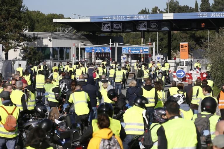 Επίθεση Λεμέρ στα «κίτρινα γιλέκα» – «Αρνητικές επιπτώσεις στην οικονομία από τις κινητοποιήσεις»