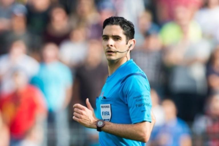 Ολυμπιακός – Παναθηναϊκός: Σφυρίζει ο Γιάκοτετ! Ποιος είναι ο Ελβετός διαιτητής   Newsit.gr