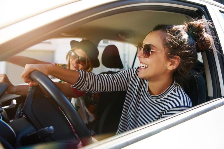 Δείτε τα 5 πιο επικίνδυνα και τα 5 ασφαλέστερα τραγούδια για οδήγηση!