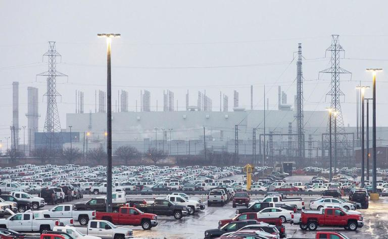 General Motors:  Απολύσεις και κλείσιμο εργοστασίων με σκοπό την οικονομική ανασυγκρότηση [vid] | Newsit.gr