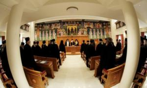 """Συνεδριάζει η Ιεραρχία για την """"ιερή συμφωνία"""" – Το κρυφό χαρτί του Ιερώνυμου"""