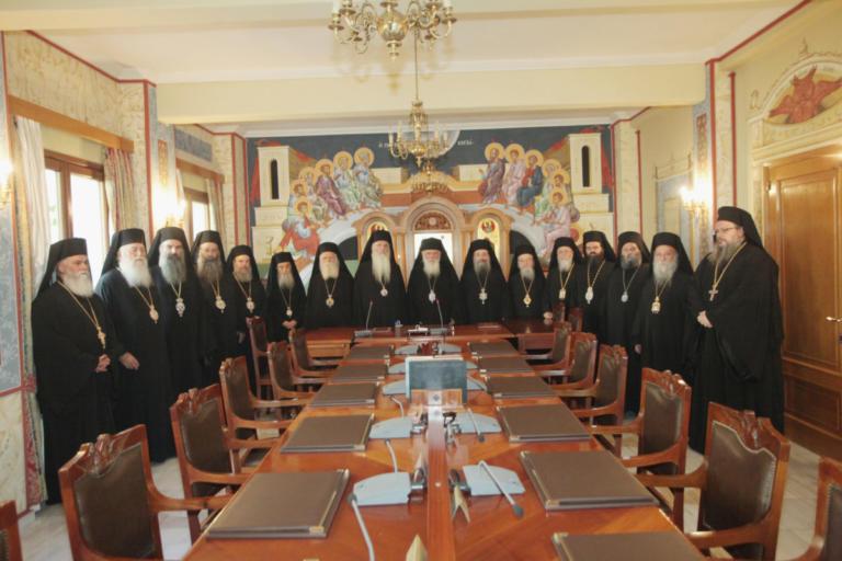 Οργισμένες αντιδράσεις και αποστάσεις κληρικών για τη συμφωνία Τσίπρα – Ιερώνυμου | Newsit.gr