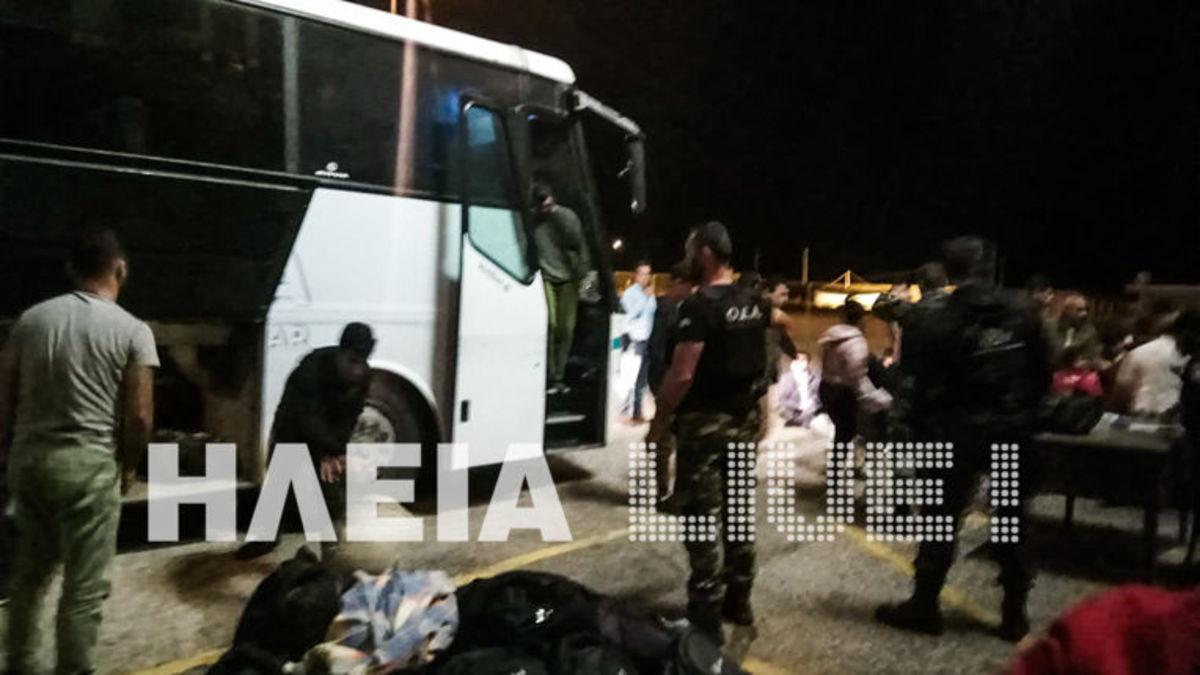 Ηλεία: 119 μετανάστες βρέθηκαν κοντά στα Σαβάλια [pics]   Newsit.gr