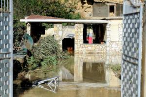 Σικελία: Αυτό είναι το σπίτι που έγινε υγρός τάφος για οικογένεια 9 ατόμων – [pics, vid]