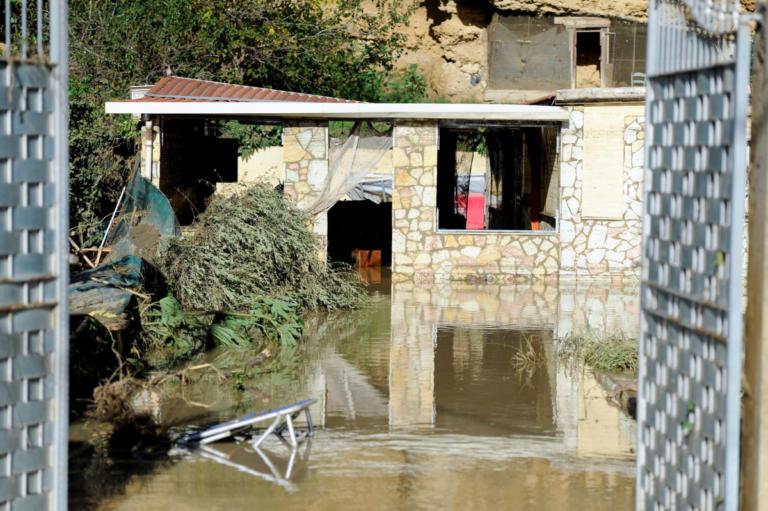 Σικελία: Αυτό είναι το σπίτι που έγινε υγρός τάφος για οικογένεια 9 ατόμων – [pics, vid] | Newsit.gr