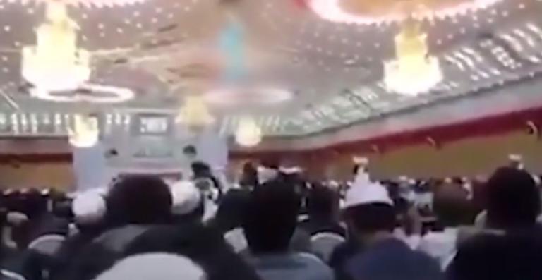 Ντοκουμέντο! Η στιγμή που ο καμικάζι αυτοκτονίας σκορπά τον θάνατο στη Καμπούλ!   Newsit.gr